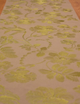 Table runner Ana Maria dark beige pure cotton green embroidery. Made in France.