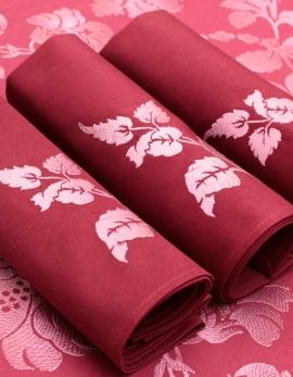 Serviette en coton pur bordeaux, brodée de feuilles argentées, confectionnée en France